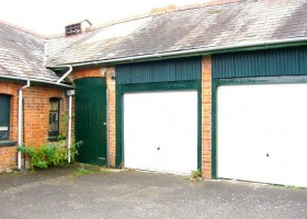 Garage 1 Cavendish 004